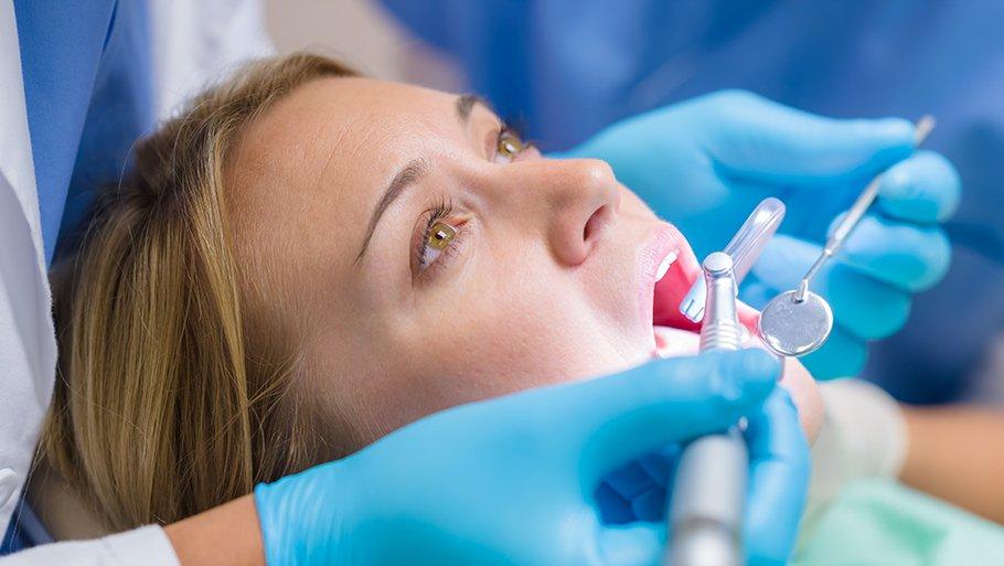 Болит зуб у кормящей мамы чем обезболить