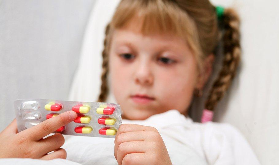 Какие назначают антибиотики при ангине у детей?