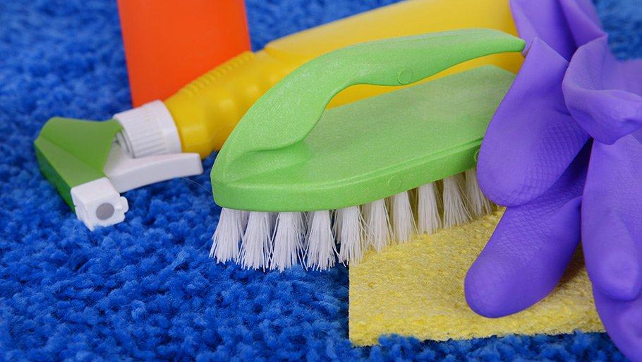 Чем почистить ковролин в домашних условиях содой 972