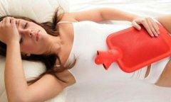 Что делать, если сильно болит живот при месячных?