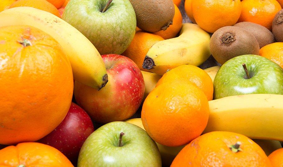Фрукты при грудном вскармливании - бананы, яблоки, киви