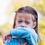 Причины и лечение мокрого кашля у ребенка